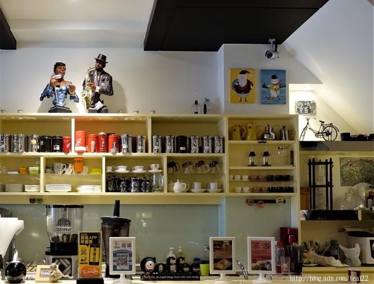 【高雄。美食】Tribbiani Cafe' / 脆阿尼咖啡鼓山渡船頭外籍人士私人口袋咖啡店名單(udn部落格粉絲專頁)