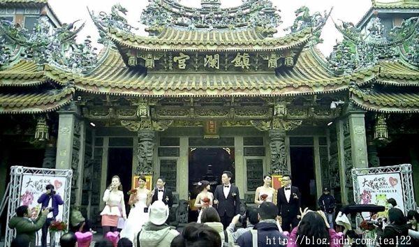 【大甲媽.嫁女兒】鎮瀾宮邀請99對新人在媽祖前誓約終生